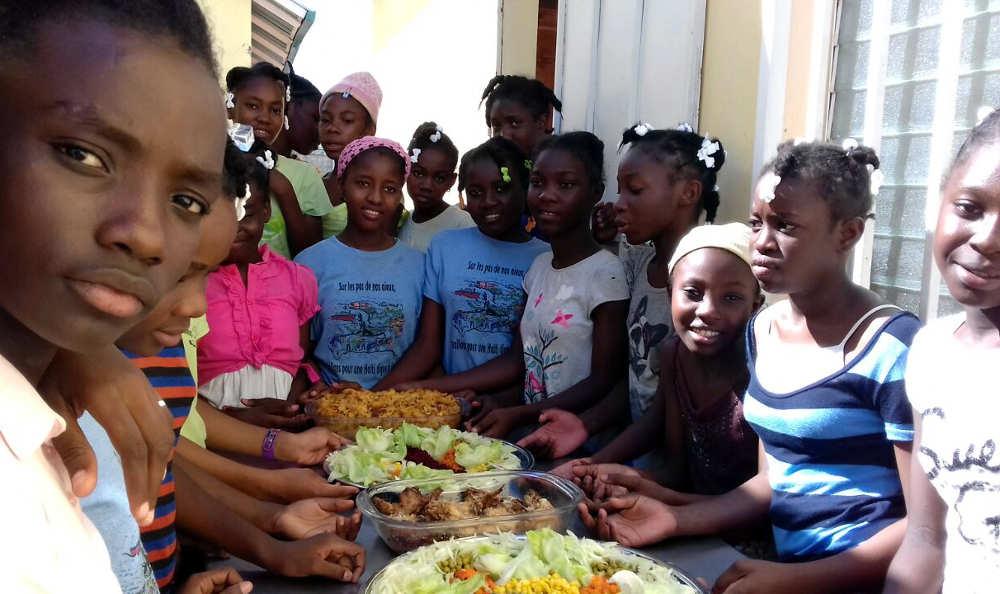 Haïti, repas des enfants